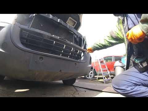 how to remove the front bumper VW Crafter 2 5 /  как снять передний бампер VW Crafter 2 5