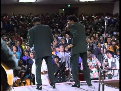 Willie Neal Johnson & the New Keynotes - Just For Me - YouTube