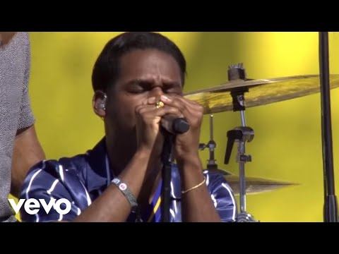 "Leon Bridges ""If It Feels Good Then It Must Be""  from Honda Stage at the 2018 iH"