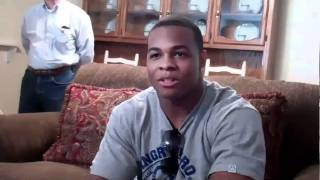 Pierre Thomas Player of the Day Signing 2-26-11.avi