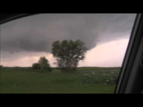 Rotating Wall Cloud near Zumbrota, MN on June 14th