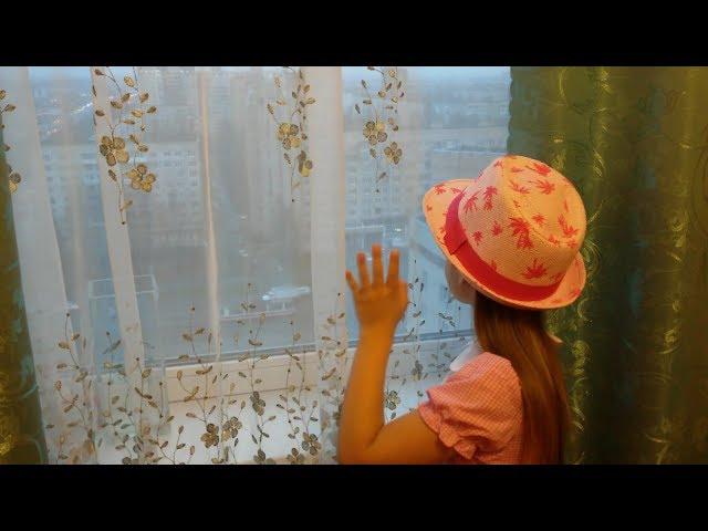 Изображение предпросмотра прочтения – ВиолеттаНаумчук читает произведение «После гостей» М.И.Цветаевой