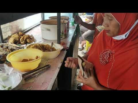 warung-bu-preet-nasi-ambil-sendiri-terserah-loe-seberapa-banyak-kuliner-jalanan-indonesia