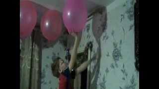 Достаём лизуна с потолка.  Крутое видео!  Смотреть всем!  ????