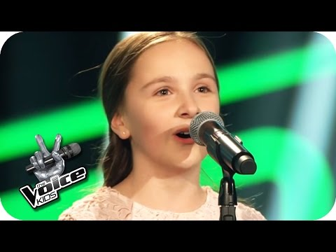 Édith Piaf - Non, Je Ne Regrette Rien (Sofie) | The Voice Kids 2017 | Blind Auditions | SAT.1
