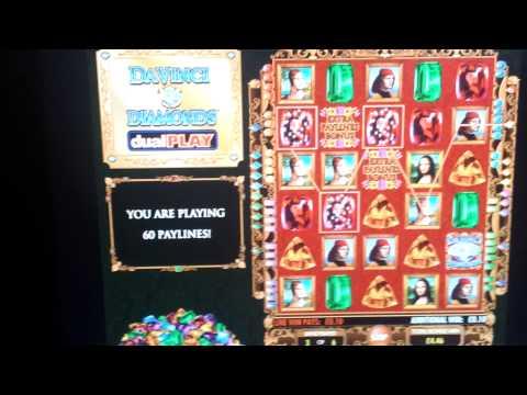 Da Vinci Diamonds Duel play random bonus