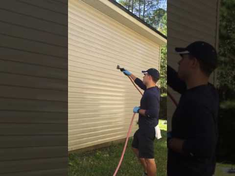 Pressure washing a home Jacksonville, St Augustine, Ponte Vedra, St John's County