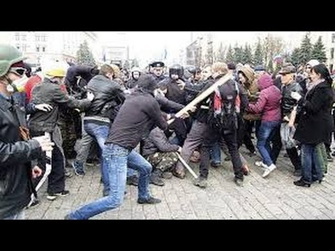 [FULL FOOTAGE] Clashes in eastern Ukraine 3 killed, 13 injured 17 April 2014