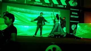 Evelyn Sharma & Himansh Kohli amazing dance
