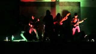 BLOOD DRESS -  tiempo de luchar, At live in Escalera Al cielo resto bar 31-07-2009