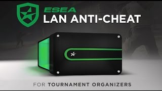 THIS GUY IS CHEATING ON ESEA WHILE STREAMING IT.