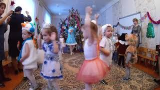 Новогодний утренник в детском саду / Нарезки