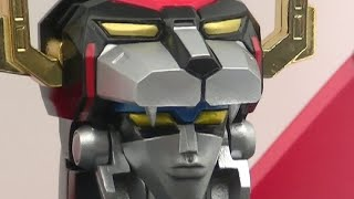 Woot! I havent seen this in ages!!! Voltron - Defender of the Universe!!! LOL In Japan the series is called - Beast King GoLion. I was pretty surprised to see this!