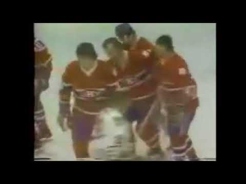 1976 03 10 Guy Lafleur vs Chicago Black Hawks Goal 44 of the Season
