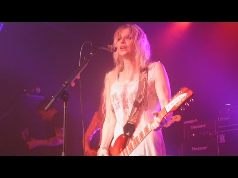 Courtney Love - Doll Parts - Live 5-8-15