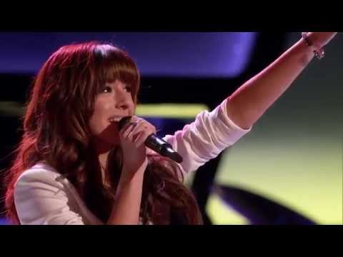 christina-grimmie-sings-'wrecking-ball'-the-voice-blind-auditions