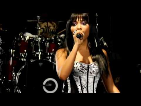 Teairra Mari & Pleasure P - Hunt For You Live [WSHH EXCLUSIVE]