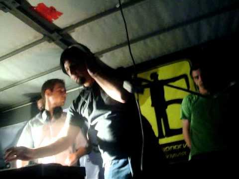 DJ Rondeck & DJ Treazer @ Kiss Fm Dance Gate Festival 31.07.10
