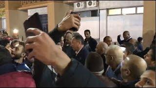 جمهور الأهلي يحاصر «الخطيب» لالتقاط «سيلفي» بعد لقاء الأسيوطي (صور وفيديو) | المصري اليوم