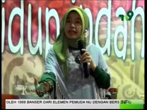 Bu Nyai Hj TAN MEI HWA ( Ceramah Atraktif Ustadzah Thionghoa ) 1436 H Di Surabaya