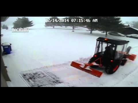 Kubota b3200hsd tractor with front snowblower and rear plow youtube