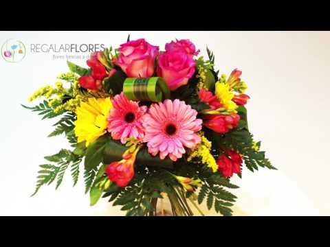 Ramo De Flores Para Una Persona Especial Youtube