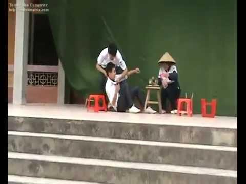 Tiểu phẩm vui học đường 12A2 - THPT Phúc Thành_ Kinh Môn_Hải Dương_2008-2011