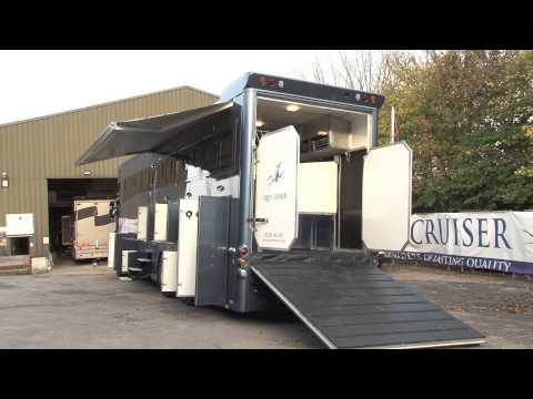 Equicruiser Luxury Horseboxes - SUPERSPEC LUXURY, STALLED FOR 6