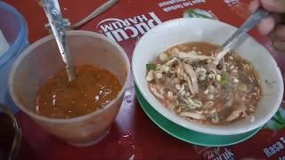 PERTAMA KALI NYOBAIN SOTO BANYUMAS PAK KUMIS DAN TERNYATA ENAK!!! INDONESIAN STREET FOOD