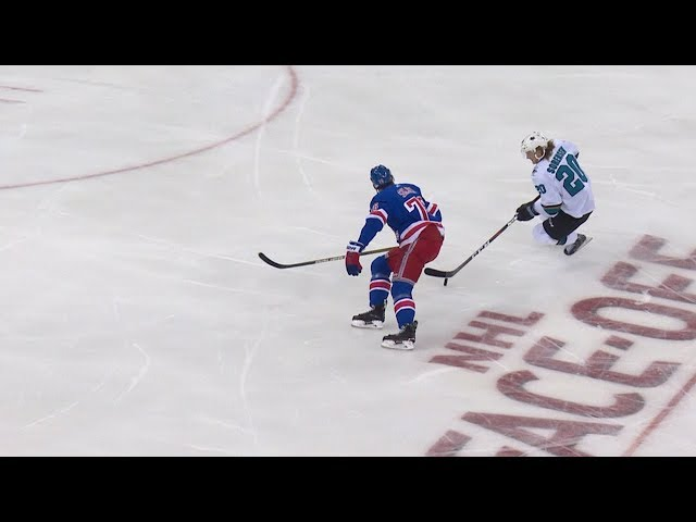 Marcus Sorensen shows off hands on stunning shorthanded goal