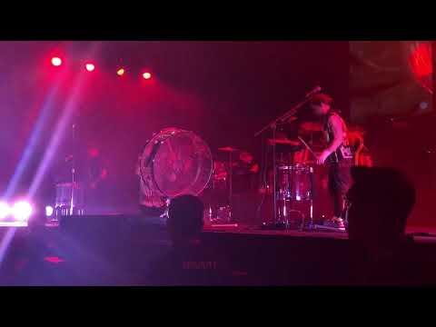 Imagine Dragons - Radioactive - Evolve World Tour Malaysia 06.01.18