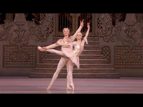 The Nutcracker – Sugar Plum pas de deux: Adagio Nuñez Muntagirov The Royal Ballet