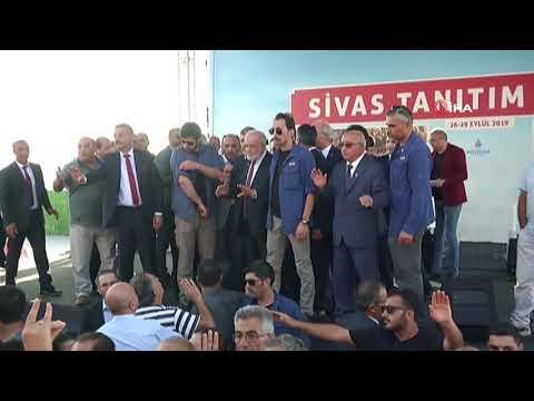 Temel Karamollaoğlu'na Hemşehrilerinden Protesto! Etkinliği Terk Etmek Zorunda Kaldı