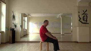 Yoga in 1 Minute den Rücken einfach und schnell lockern