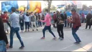 Repeat youtube video احلى ردح مع المعزوفة في الزوراء