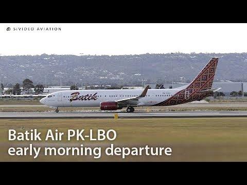 Batik Air (PK-LBO) early morning departure at Perth Airport.