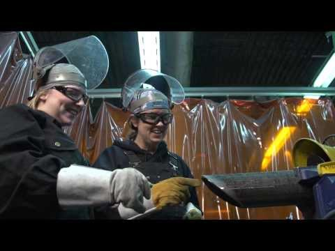 Visit the NAIT Suncor Energy Centre for Pipe Trades