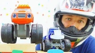 Видео про машинки из мультфильма. Вспыш тренируется, чтобы выиграть гонки. Игры для детей.