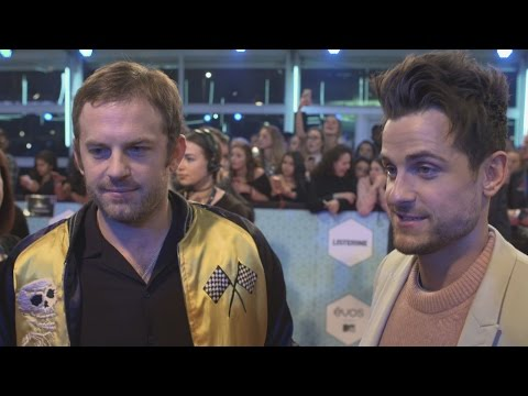 MTV EMAs 2016: Kings of Leon urge Americans to vote in the U.S. elections