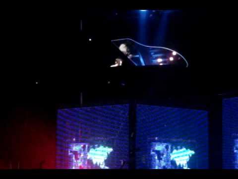 "Muse ""United States of Eurasia"" live at Sportpaleis Antwerpen (Belgium)"
