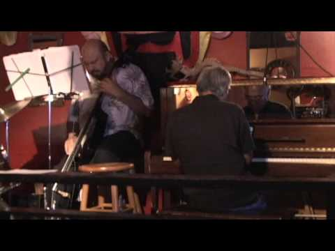 Smooth Jazz-Shot at the Dragon Upstairs; Chill out Piano, Saxophone, Drums, Bass