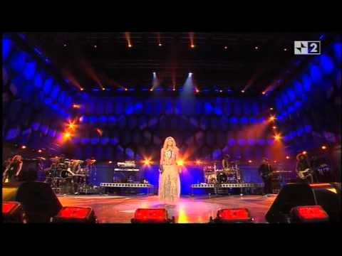Shakira Celebration Concert live in South Africa 2010 FIFA World Cup Part 1