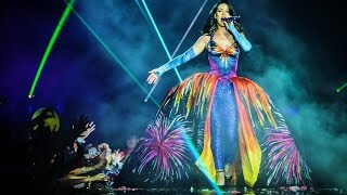 Katy Perry - Firework - Prismatic World Tour EPIX