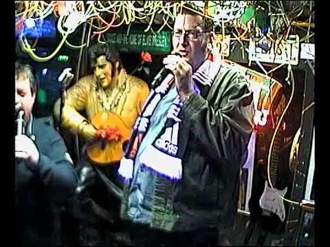 Vlad & HDL singen Du entschuldige im Karaoke Fun Pub Stuttgart http://www.funpub.de