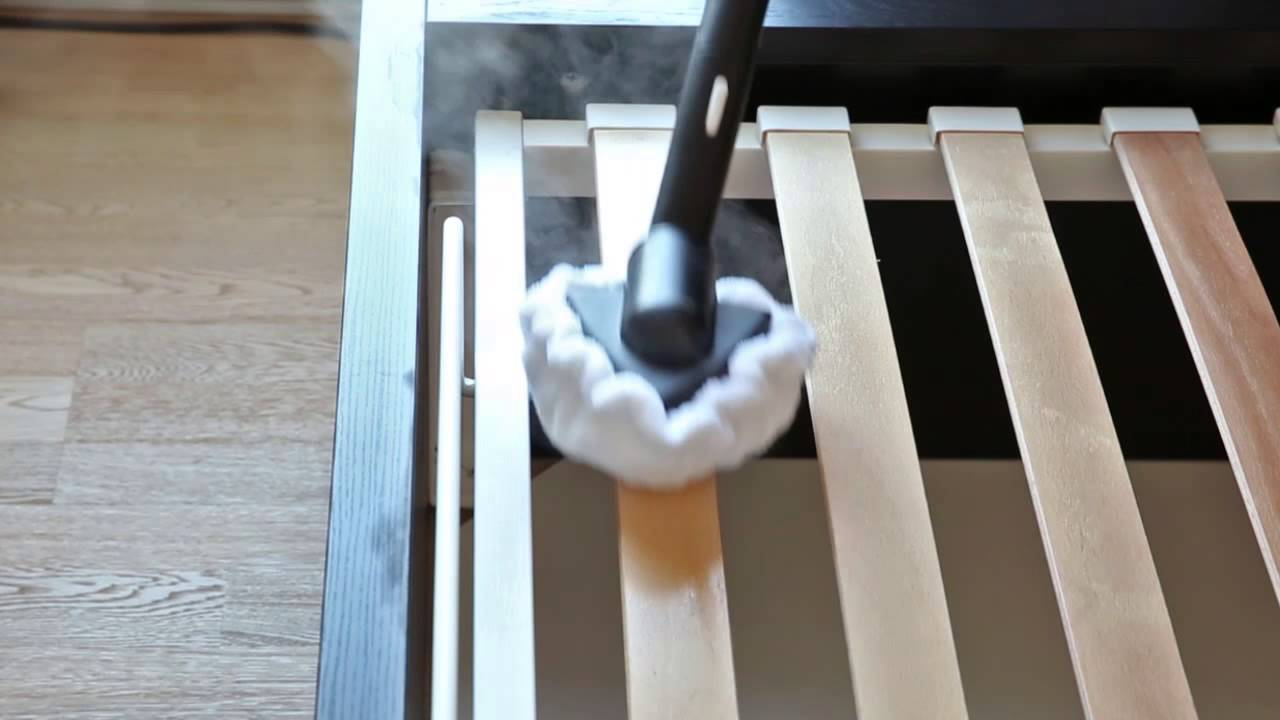dampfreinigers reinigung von federkernmatratzen und zur beseitigung von bettwanzen youtube. Black Bedroom Furniture Sets. Home Design Ideas