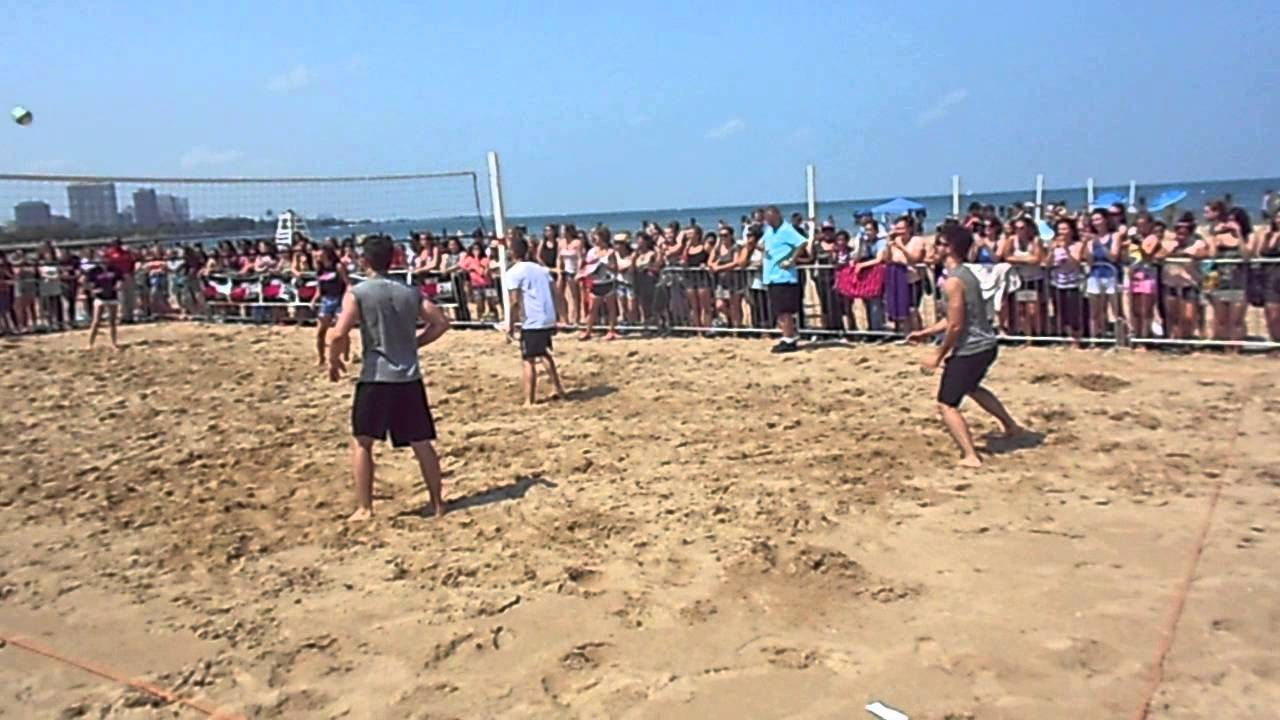 Jonas Brothers Play Volleyball At North Avenue Beach In Chicago