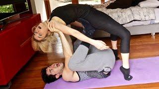 POSICIONES IMPOSIBLES !! | Yoga Challenge thumbnail