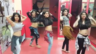 Dilli Sara | Suit Tera Kala Kala Girls Dance
