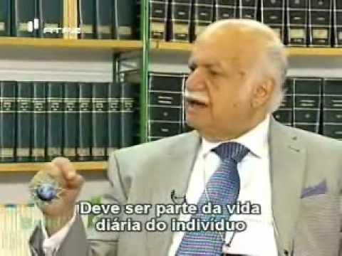 Interview with Professor Suheil Bushrui / Entrevista com o Prof. Suheil Bushrui (2/3)