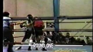 Daniel Perez vs Robert Tanuz Amateur Boxing